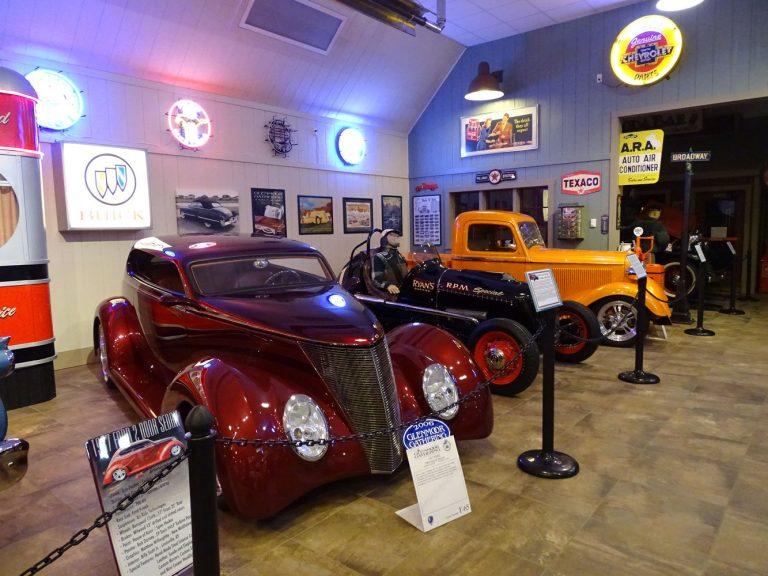 Auto Galleries