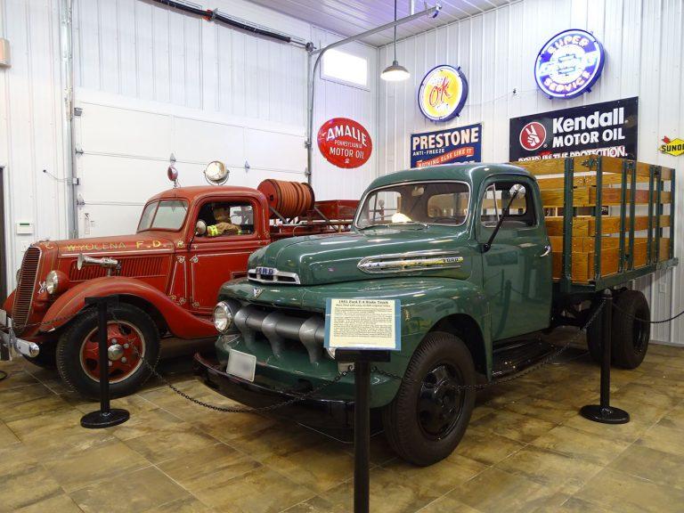 1951 Ford F-4 Stake Truck